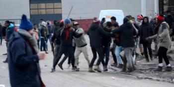 refugiados, inmigrantes, Calais, enfrentamientos,