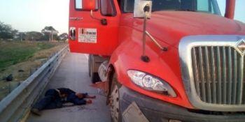 Asesinan, dos, camioneros, México, robarles camión,