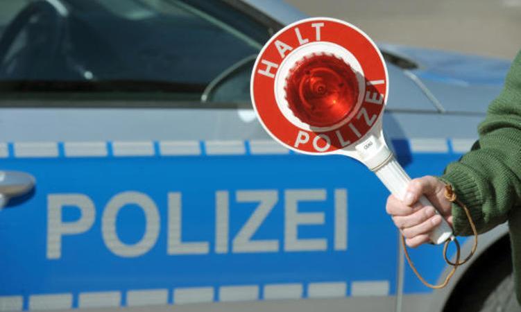 multado, camionero, Alemania, hablar, alemán,