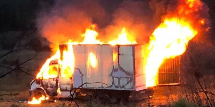 investigan, incendio, frontera, Verín, vandalismo, camión