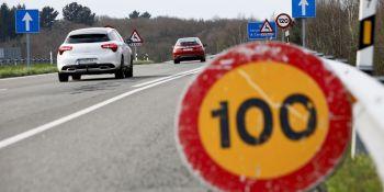 Ministerio, Fomento, reduce, velocidad, tramos, A-6, N-VI, estado, asfalto, baches,