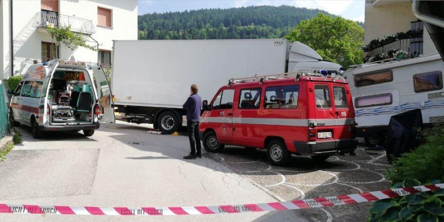 camionero, fallece, aplastado, camión,