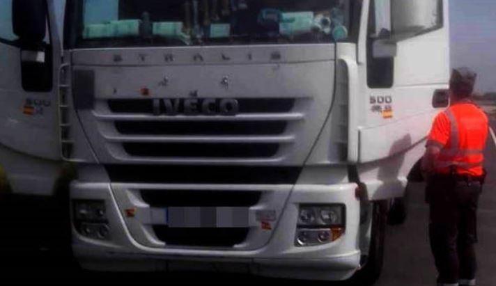 multa, camionero, manipular, consumo, AdBlue, camión,