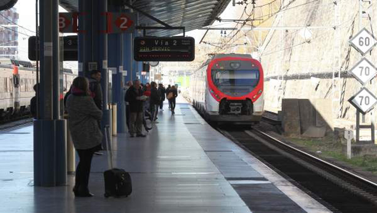 Renfe, comprará, trenes, cercanías, híbridos, millones,