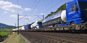 Renfe, CAF, compiten, autopistas ferroviarias, Pirineos,