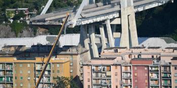 prohíbe, entrada, zona, roja, ruidos, Génova, puente,