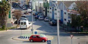 arquitectos, ingenieros, polígonos industriales, rotondas, calles, opinión, debate, El camionero en ruta,