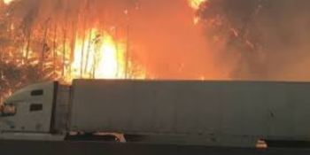 camioneros, incendio, California, I-5, abandonar, vehículos,