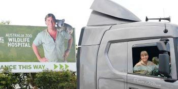 Scania, G500. zoológico, Australia, cocodrilos,