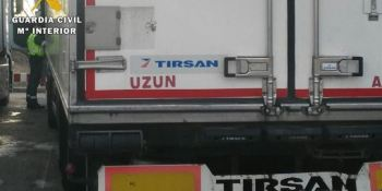 volante, descansar, inmovilizado, camión, Burgos, conductor,