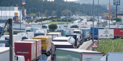 Murcia, exige, Gobierno, libre circulación, camiones, frontera, francesa,
