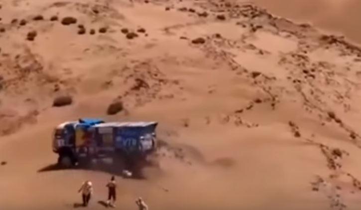 dramático,. accidente, Dakar 2019, espectador, camión, atropella, sucesos, vídeos