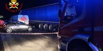 fallece, camionero, colisión múltiple, camiones, furgoneta, turismos,