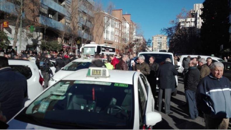 taxistas, advierten, movilizaciones, parar, Madrid, regulación, VTC,