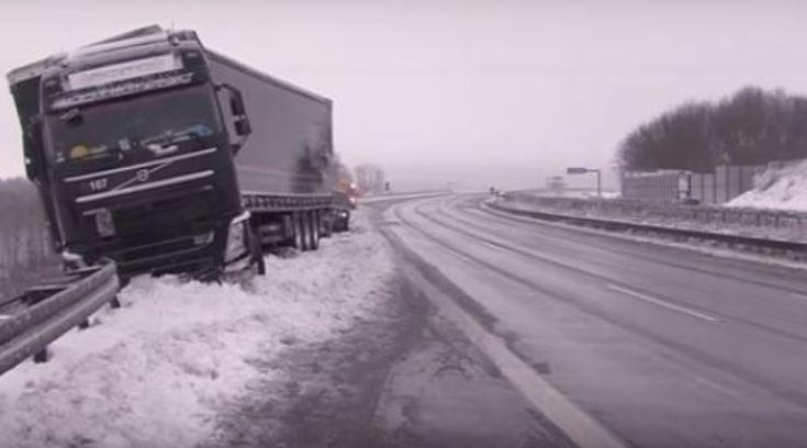 temporal, nieve, hielo, vuelos, cancelados, accidentes, carreteras, Alemania, sociedad, sucesos,