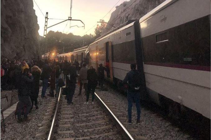 fallecido, herido, choque, trenes, cercanías,