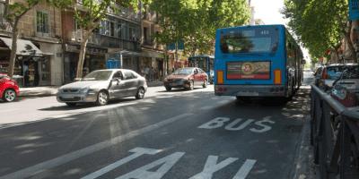 transporte, discrecional, viajeros, carril bus, Madrid, protesta, Ayuntamiento, autocares, autobús, sociedad,