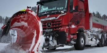 Mercedes-Benz, Arocs, quitar, nieve, carreteras, Suecia,