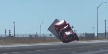 viento, vuelco, camiones, Estados Unidos, Texas, vídeos,
