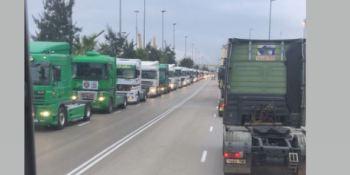 reanudan, negociaciones, transportistas, Puerto, Barcelona, cadena, logística,