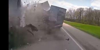impactantes, imágenes, colisión, frontal, camiones, vídeos,