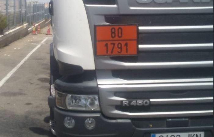 camión, robado, Scania, blanco, Jaén,