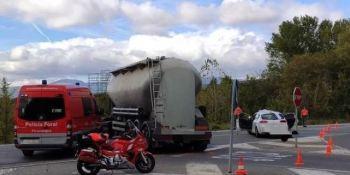 herido, grave, colisión, turismo, camión, N-240-A