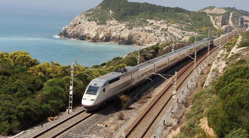 Adif, corredor del Mediterráneo, AVE, Renfe, velocidad,