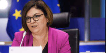 Adina Valean, Comisaria de Transportes, Unión Europea,