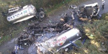 camión, despeña, accidente, A-8