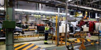 Nissan, cierra, Barcelona, plantas, Renault,