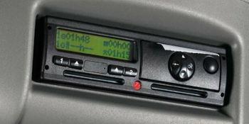 Mañana entra en vigor la nueva regulación de los tiempos de conducción y descanso y el uso del tacógrafo