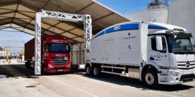 Puerto de Barcelona estrena un escáner para contenedores