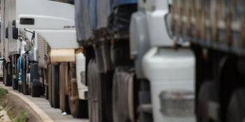 Corredores verdes: Argentina impulsará el gas en transporte por carretera