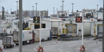 Hacen falta medidas urgentes para que los camioneros no pasen la Navidad en las carreteras