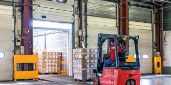 Ingeniero informático en España,descargando camiones en Alemania