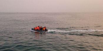 Más de 9.500 intentos de cruzar el Canal de la Macha por los migrantes en 2020