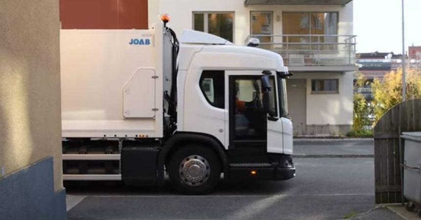 Scania presenta una puerta de vidrio abatible para la su serie L. Vídeo