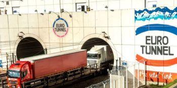 El tráfico de camiones por el Eurotúnel se hunde en enero