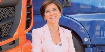 Izaskun Bilbao cuestiona los controles en las fronteras a los camioneros