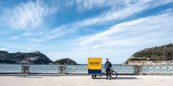 Dachser realiza entregas con bicicletas eléctricas de carga en San Sebastián