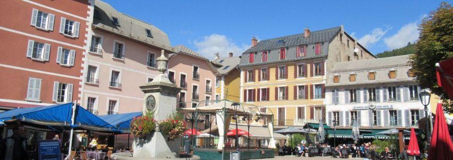piazza Manuel a Barcelonnette