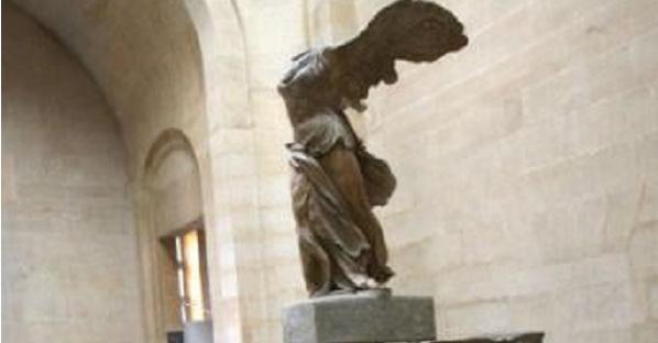 Vuelve al Louvre la Victoria de Samotracia