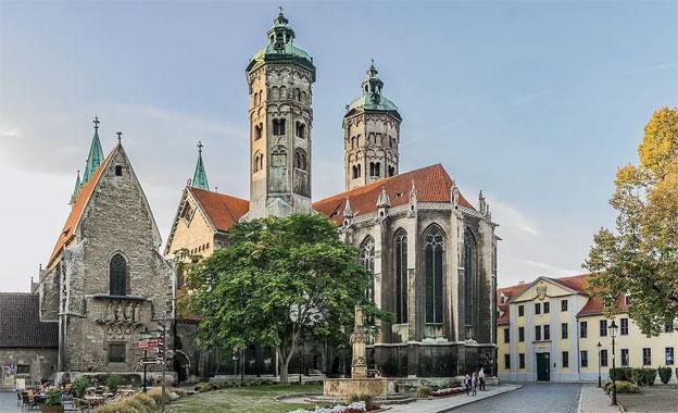 Exterior de la catedral de Naumburgo / Imagen: Krzysztof Golik en Wikimedia Commons