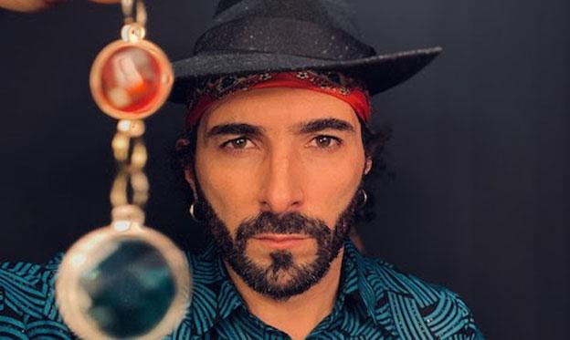 El músico e investigador gallego Xurxo Fernandes prepara nuevo disco 'Levaino!' para esta primavera