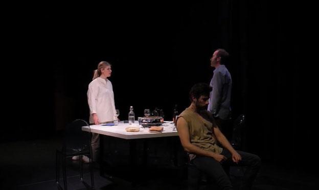 La Kimera Teatro estrena 'RACLETTE' en los Teatros Luchana