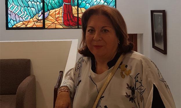 Sonrisas para una máscara y otros poemas de Maricruz Garrido Linares