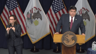 Photo of Pritzker: Medidas Preventivas Están Funcionando