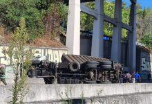 Photo of Camião capotou no Eixo-Norte Sul e causou um ferido (Com Vídeo)