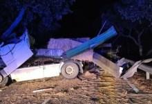 Photo of Dois feridos e via cortada após colisão em Grândola